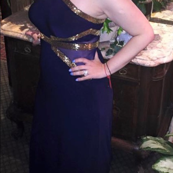 Betsy & Adam Dresses & Skirts - Navy blue floor length dress with gold accent